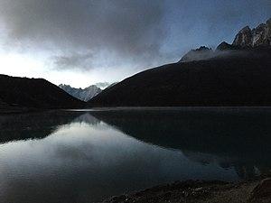Gokyo Lakes - Image: Gokyo Lake 3