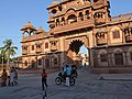 Gondal - Swaminarayan Temple, Gujarat - India (3417858558).jpg