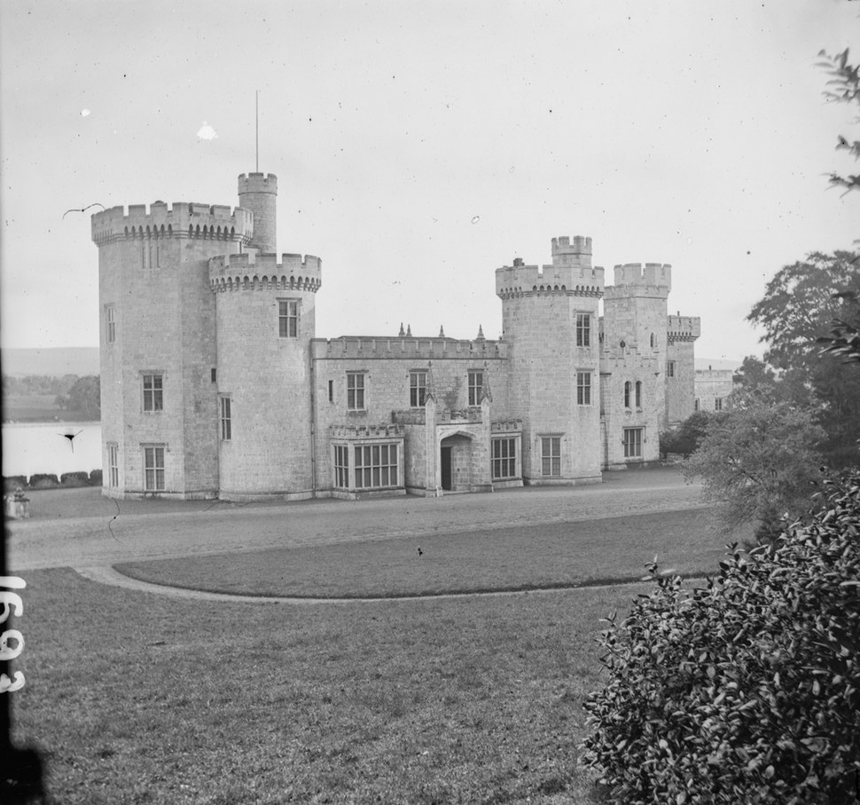 Gothic revival castle, Lough Cutra Castle, Galway, Ireland (20299996302)
