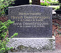 Grabstein Hinrich Ossenbrüggen (1880-1958).jpg