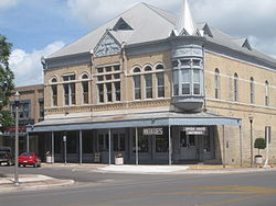 Stores in Uvalde TX