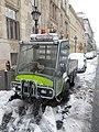 Grillo PK1400 hóesésben a Pénzügyminisztérium előtt, 2019 Lipótváros.jpg