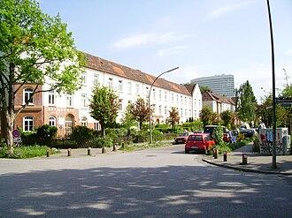 Bahrenfeld - Street in Bahrenfeld (in background Hermes agency building, Ottensen)