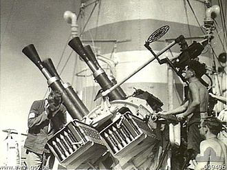 QF 2-pounder naval gun - Quadruple 2 pdr MK VIII guns on Mk.VII mounting aboard HMAS Nizam August 1941