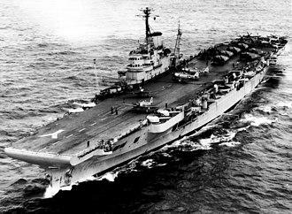 HMS Illustrious (87) - Image: HMS Illustrious (ca. 1954) (20921205028)