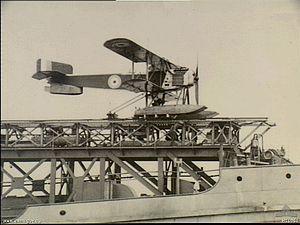 HMS Slinger seaplane.jpg
