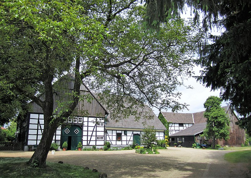 File:Hagen, Raiffeisenstraße 37.JPG