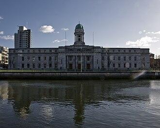 Cork City Council - Image: Halla na Cathrach i g Corcaigh