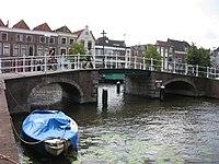 Herenbrug Leiden.jpg