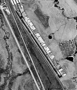 Hicks Airfield-TX-31Jan1995-USGS.jpg