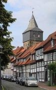 Hildesheim, Fachwerkbereich Lappenberg, Blick zum Kehrwiederturm.jpg