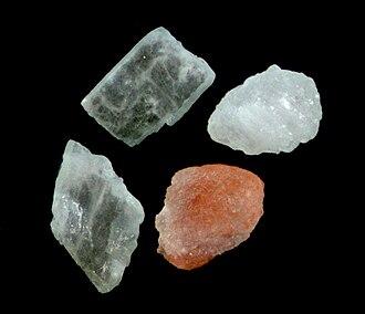 Himalayan salt - Himalayan salt crystals
