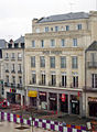 Hotel-Central-et-Quick-Poitiers.jpg