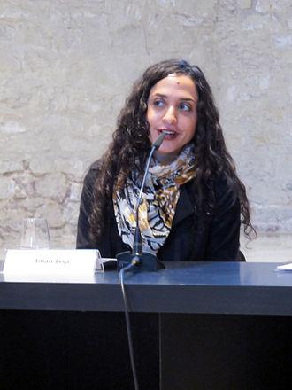 Iman Issa - Iman Issa receives HNB-MACBA Award