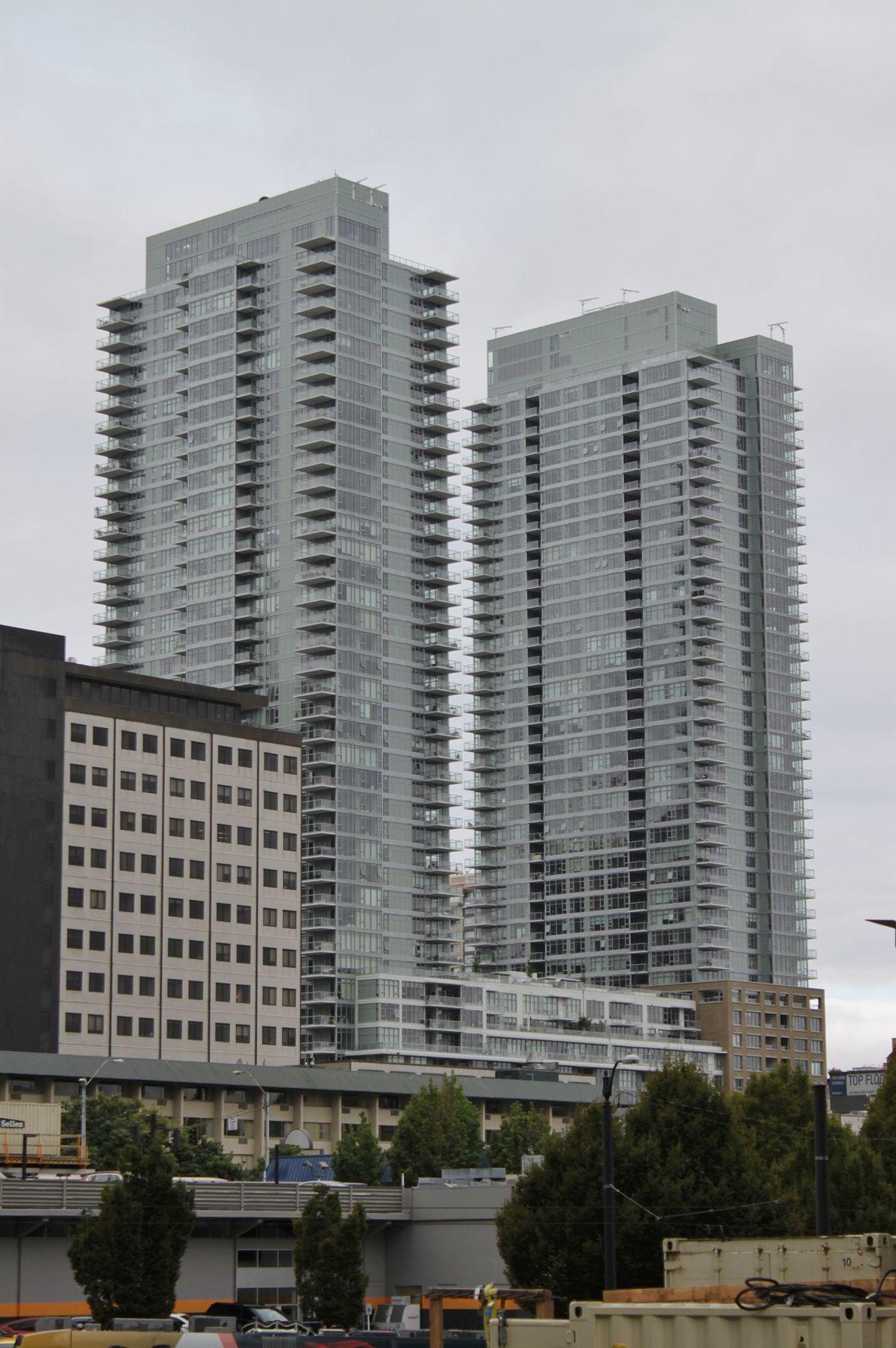 Insignia Towers Wikipedia