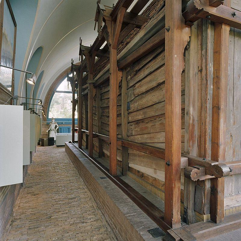 Tsaar peterhuisje in zaandam monument - Interieur gevelbekleding houten ...
