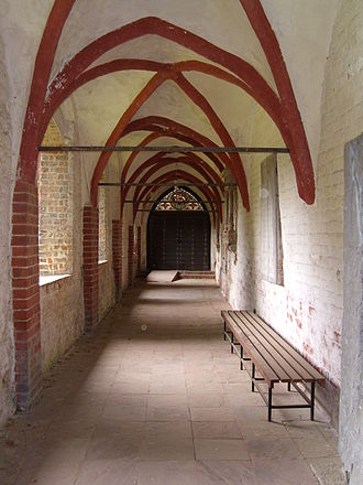 St. Laurentii, Itzehoe - The medieval cloisters
