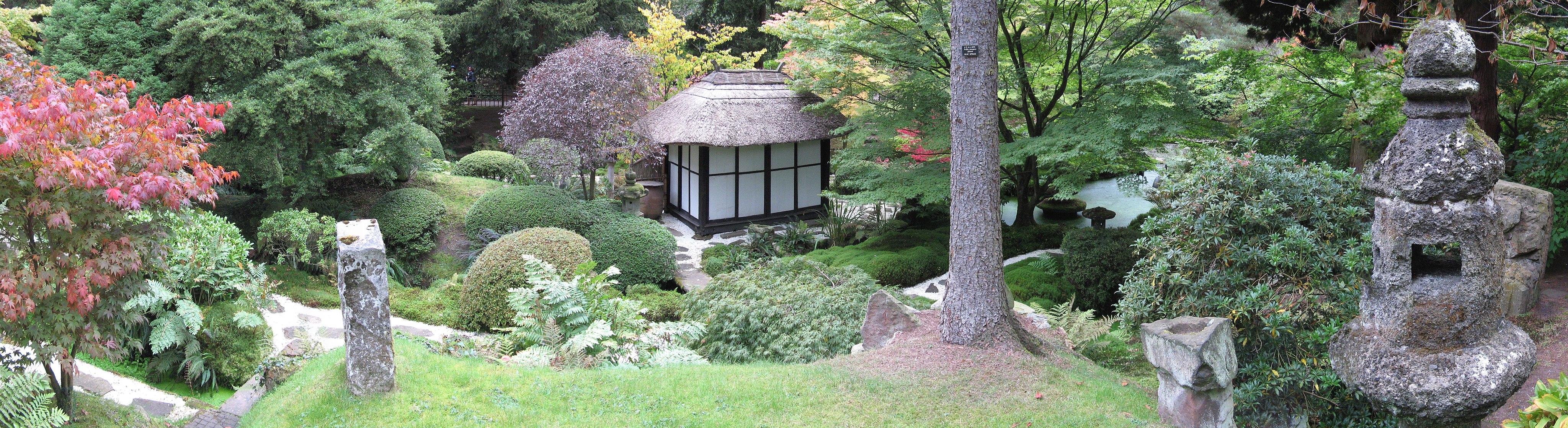 Japanese Garden, Tatton Park, wide view