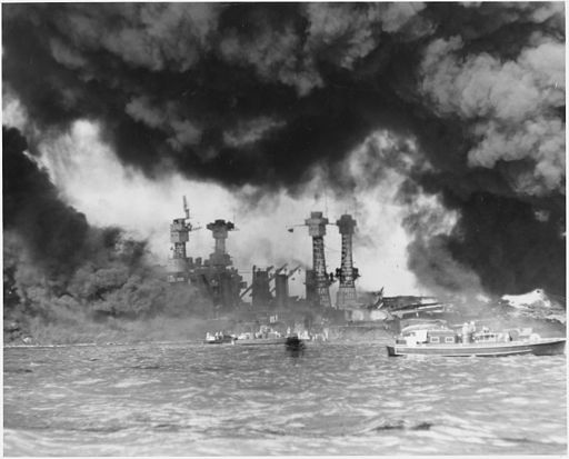 Japanese attack on Pearl Harbor, Hawaii - NARA - 197288