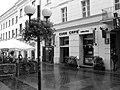 Jedna z kafejek na Chmielnej - panoramio.jpg