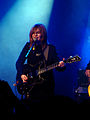 Julia Marcell z gitarą - Kraków 09-11-2014 (02).jpg
