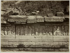 KITLV 28260 - Isidore van Kinsbergen - Relief on the north side of Panataran Kediri - 1867-02-1867-06.tif