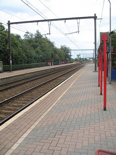 (en/nl) NMBS-SNCB station Kapelle-op-den-Bos.
