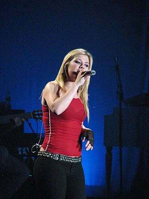 Who Knew - Image: Kelly Clarkson in Canberra, 2005 (3)