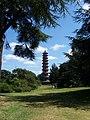 Kew Gardens (26493962139).jpg