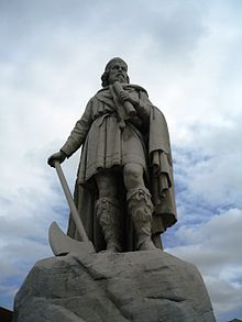 King Alfred the Great statue, Wantage, Oxfordshire.jpg