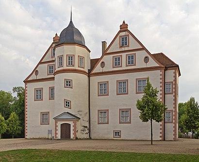 So kommt man zu Schloss Königs Wusterhausen mit den Öffentlichen - Mehr zum Ort Hier