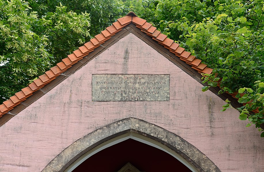 Chapel in Koerich, Luxembourg: plaque commemorating Jean Everard from Koerich and his wife Marie Kieffer from Greisch who erected the chapel.