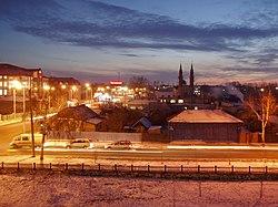 Старая часть города зимним вечером