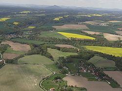 Kruhy a Mohelnice nad Jizerou (vlevo).JPG