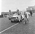 Kruik boegwater van radioschip Veronica, op autopeds als estafette naar Utrecht , Bestanddeelnr 918-7578.jpg