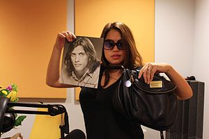 Kulap Vilaysack - Vilaysack after recording an episode of ''Who Charted?''