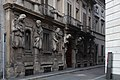 La Casa degli Omenoni di Milano (circa 1565); veduta di tre quarti.jpg