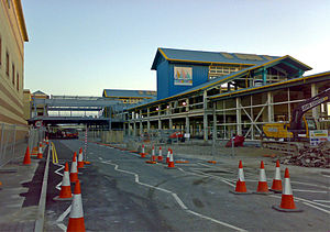 Lakeside Shopping Centre - 'The Boardwalk' under construction in early September 2006, showing the new bridge to the main shopping centre and the old 'Lakeside Pavilion' building.