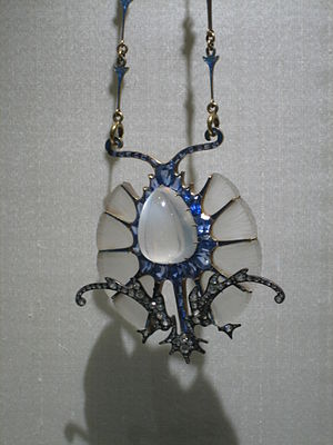 """Art jewelry - Lalique """"Thistle"""" pendant"""