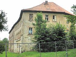 Lausnitz Gutsgebäude.JPG
