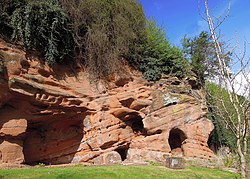 Lavington's Hole , Bridgenorth , Shropshire , April 2012 - panoramio.jpg
