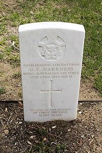Leading Aircraftman G C Harkness gravestone in the Wagga Wagga War Cemetery.jpg