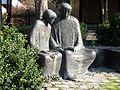 Lehrer und Schueler am Kurhaus Bad Woerishofen.jpg