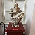 Lendava - grad - baročni kip Janeza Krstnika.jpg