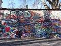 Lennonova zeď (Lennon Wall), Praga (març 2013) - panoramio.jpg
