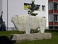 Linz-Kleinmünchen - Schaf als Steinskulptur.jpg