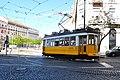 Lisbon, Portugal (Sharon Hahn Darlin) elétrico amarelo.jpg
