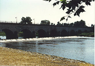 Digoin - Water bridge on the Loire River near Digoin