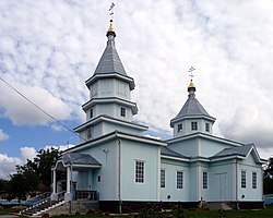 Lokachi Volynska-Saint Nicholas chursh-south-west view.jpg
