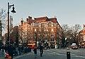London (30750170927).jpg